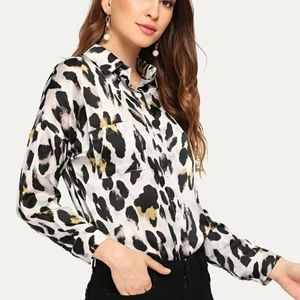 NEW ANIMAL PRINT BUTTON DOWN TOP